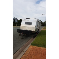 2009 18ft Kedron Cross Country Caravan Off Road