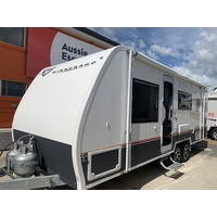 2017 22ft Winnebago 680A Mossman Caravan