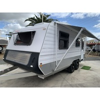 2007 19.2ft Golf Outback Caravan